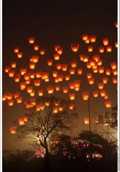 "sky lanterns - I am SO doing this after our wedding and again at our ""post celebration"" party!  So beautiful!"