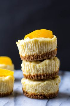 Mini Peach Cheesecakes — Edible Sound Bites