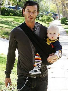 Gwen Stefani, Gavin Rossdale and their two boys, Kingston and Zuma, are a fab family of four. Take a look at their rockin' life, both on and off the road Gavin Rossdale, Holding Baby, Baby Carrying, Baby Sling, Natural Parenting, Attachment Parenting, Celebrity Babies, Baby Daddy, Man Candy