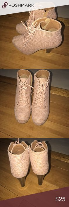 Jeffrey Campbell look alike In good condition , barely used Shoes Ankle Boots & Booties