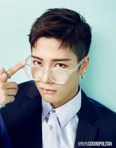 GOT7's Jackson shows off his charming looks and personality for 'Cosmopolitan China' | Koogle TV