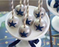 DIY Star Cake Pops for Vintage Airplane celebration.