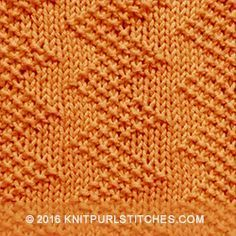 Zigzag seed stitch, so cool! Created by just using knit and purl stitches