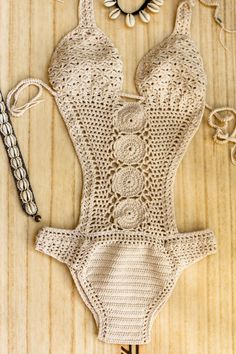 60 Ideas For Crochet Bikini Pattern Swimsuits Motif Bikini Crochet, T-shirt Au Crochet, Crochet Shirt, Crochet One Piece, Lace Swimsuit, Swimsuit Pattern, Bralette Pattern, Beautiful Crochet, Crochet Fashion