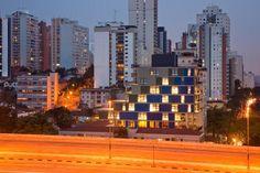 Project: Commercial Building João Moura; Location: Pinheiros, São Paulo; Architect: Nitsche Arquitetos