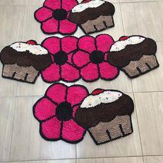 257, Hand Embroidery Videos, Fru Fru, Carpets, Shag Rug, Kids Rugs, Home Decor, Accent Rugs, Homemade Rugs