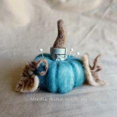 Needle felted Blue Pumpkin ring holder by FunFeltByWinnie on Etsy