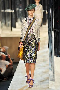 Marc Jacobs Spring 2009 Runway - Marc Jacobs Ready-To-Wear Collection - ELLE