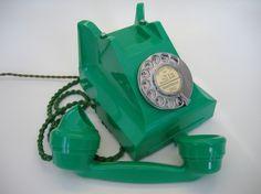 green bakelite phone