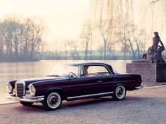 vintage Mercedes...so freaken cool!! Love the giant windows! Whoever though tinted windows lookes good, never had a classic car.