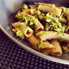 un pipistrello in cucina: Pasta al farro con zucchine e pinoli - La prova del farro #food #laprovadelfarro