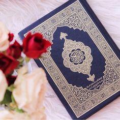 Islamic Images, Islamic Pictures, Islamic Art, Quran Wallpaper, Islamic Wallpaper, Quran Arabic, Islam Quran, Al Quran Al Karim, Quran Sharif