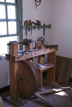 https://flic.kr/p/mkjFj | Gunsmith's Gunbarrel Lathe | Colonial Williamsburg