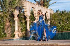 Seducción, lujo y misterio con estos #vestidosdefiesta #matahari #soniapeña #tendencias #moda #estilo #invitadas #bodas