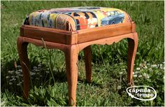 Vintage footstool with a refreshed look by Cápsula do Tempo