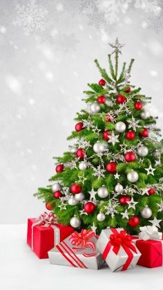 Merry Christmas wishes you / the P & P team Christmas Trends, Christmas Tree Themes, Christmas Pictures, Holiday Ideas, Christmas Lights Wallpaper, Holiday Wallpaper, Rustic Christmas, Christmas Holidays, Vintage Christmas