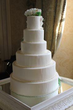 Wedding Cake with 3 meters of Sugar Diamonds
