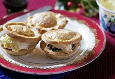 use & excuse no. 26 - Cornish rum nickys, a Cornish twist on the traditional mince pie Gnocchi Recipes, Pie Recipes, Cheddarwurst Recipe, British Pudding, Mulberry Recipes, Mincemeat Pie, Spagetti Recipe, Szechuan Recipes, Mince Pies