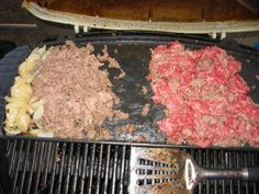 Here is an official Philly cheesesteak recipe based off of Jim's steaks on South St. in Philly. This is an authentic philly cheesesteak recipe. Philly Cheese Steak Meat, Authentic Philly Cheese Steak Recipe, Philly Cheese Steak Sandwich Recipe Easy, Best Philly Cheesesteak, Cheesesteak Recipe, Philly Food, Easy Sandwich Recipes, Lunch Recipes, Philly Cheesesteaks