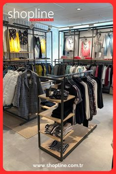 Fashion Store Design, Shoe Store Design, Clothing Store Design, Boutique Interior, Retail Concepts, Wear Store, Shop Fittings, Womens Fashion Stores, Retail Interior