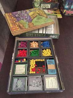 Power Grid foam core insert.  Fits extra generator card and 3 map boards in the original box
