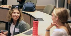 David Eccles School of Business undergraduates had a chance to hone their networking skills with alumni who came back to campus to participate in Smart Start.