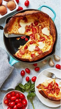 This Savoury Margherita Dutch Baby is basically a pizza pancake, and you're so welcome Pancakes For One, Dutch Pancakes, Dutch Baby Pancake, Crepes And Waffles, Pancakes Easy, Savory Pancakes, Dutch Recipes, Amish Recipes, Baby Food Recipes