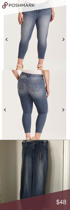 Cropped bombshell skinny jeans Made with our medium wash Premium Stretch denim - tons of stretch with extra recovery - the fit is all skinny from thigh to shoe-baring cropped ankle. The rearview, however, has been expertly constructed to lift, enhance and shape your curves, transforming your booty like never before. torrid Jeans Skinny