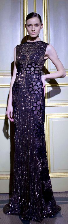 ✜ Rami Al-Ali - Couture - Spring-Summer 2012 ✜  http://en.flip-zone.com/fashion/couture-1/independant-designers-41/rami-al-ali-2790