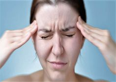 Hemicrania continua or a unilateral headache is a rare type of headache that is characterized by pain on one side of the head or face Salud Natural, Health Magazine, Ayurveda, Face, Nature, Ideas, Types Of Headache, Apple Vinegar, Vitamins And Minerals