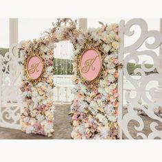 Выездная регистрация на озере Абрау Дюрсо )) Катюша и Костя , поздравляю вас с рождением семьи !!!!❤️❤️❤️#weddingkrasnodar #weddingday #абраудюрсо #свадьбавабрау #свадьбакраснодар #остросаблина_декор #свадьбавкраснодаре #выезднаярегистрация #выезднаяцеремония