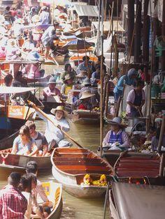 水上マーケット Floating Markets
