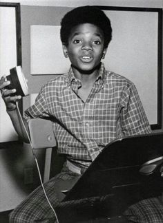 Photo of King of My Heart for fans of Michael Jackson 11140074 The Jackson Five, Jackson Family, Janet Jackson, Young Michael Jackson, King Of Music, King Of My Heart, The Jacksons, Motown, Thriller