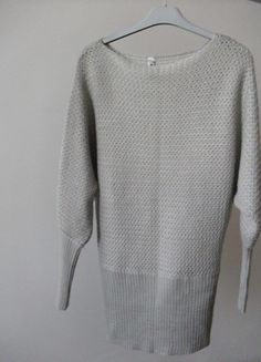 Kup mój przedmiot na #vintedpl http://www.vinted.pl/damska-odziez/swetry-z-dzianiny/10830340-jasno-szary-sweter-nietoperz-s