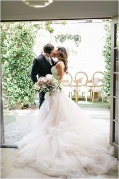 Fabulous wedding dress and beautiful couple #hochzeit #brautpaar #hcohzeitskleid