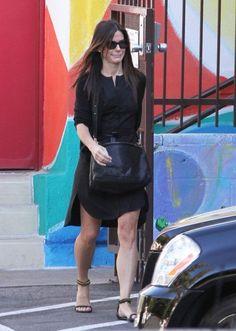 Sandra Bullock - Sandra Bullock Drops Off Louis at School