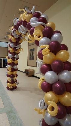 Red Balloon, Balloon Arch, Balloons, Simple Designs, Create, Simple Drawings, Globes, Balloon, Hot Air Balloons