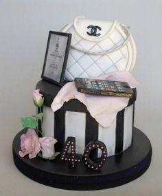 Tarta Bolso Chanel - Star Cakes Madrid-Tartas Decoradas en Madrid Tartas Decoradas Personalizadas por Encargo Madrid Cumpleaños Infantiles Bodas Comuniones Cursos de Decoracion de...