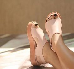 Flatform style inspo in Melissa Shoes