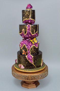 Kinstugi crystal geode wedding cake by Harshini - http://cakesdecor.com/cakes/305339-kinstugi-crystal-geode-wedding-cake