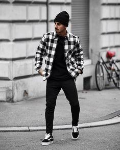 W/Vans 👌 🏼 👊 🏻 🙃 trendy mens fashion, tomboy fashion, school fashion, Trendy Mens Fashion, Dope Fashion, Tomboy Fashion, Stylish Men, Fashion Fall, Nyc Mens Fashion, Style Fashion, Skater Fashion, Men Casual