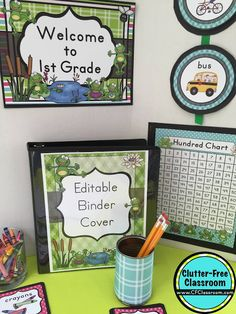 Photos, ideas & printable classroom decorations to help teachers plan & create an inviting frog themed classroom on a budget. Lots of free decor tips & pictures. Frog Theme Classroom, Classroom Setup, Kindergarten Classroom, Future Classroom, Diy Classroom Decorations, Thematic Units, Theme Ideas, Education, Boards