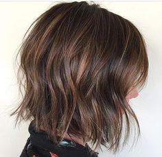 Trendy hair color ideas for brunettes balayage straight colour ideas Balayage Hair Bob, Balayage Hair Caramel, Balayage Straight, Straight Hair, Balayage Color, Ombre Hair, Balayage Highlights, Hair Color Ideas For Brunettes Short, Medium Hair Styles