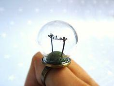 HoKiou's tiny marvels under glass!