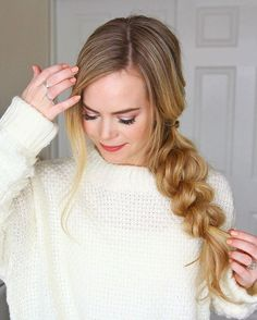 A new step-by-step tutorial for this Pull Through Side Braid is now up on MissySue.com! Direct link in my bio + the sweater I'm wearing is linked here http://liketk.it/2qaDr #liketkit #missysueblog
