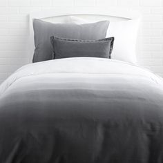 Upgrade your dorm bedding with our stylish duvet covers and comforter sets. These cute college bedding styles come in twin xl, twin, full, and queen duvets. Duvet Bedding Sets, Luxury Bedding Sets, Dorm Bedding, Comforters, Bedspreads, King Comforter, Grey Duvet, Gray Bedding, Houses