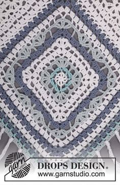 "Bohemian Blues - Crochet DROPS poncho in ""Paris"". One-size - Free pattern by DROPS Design"