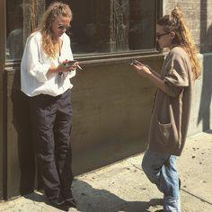 slufoot:Olsen spotting in the West Village.