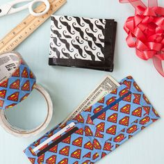 Homemade holiday gifts: Duct-Tape Wallet! There are endless options to customize and stylize these easy-to-make wallets.