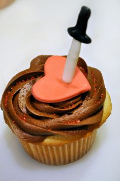 Make your point with cupcakes. | 24 Ideas For Throwing The Perfect Anti-Valentine's Day Party